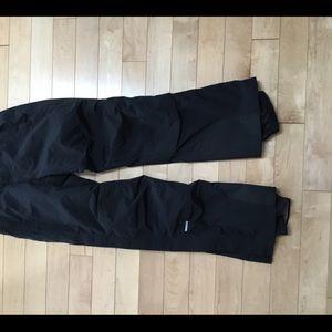 Obermeyer black zip leg ski snowboard pants S